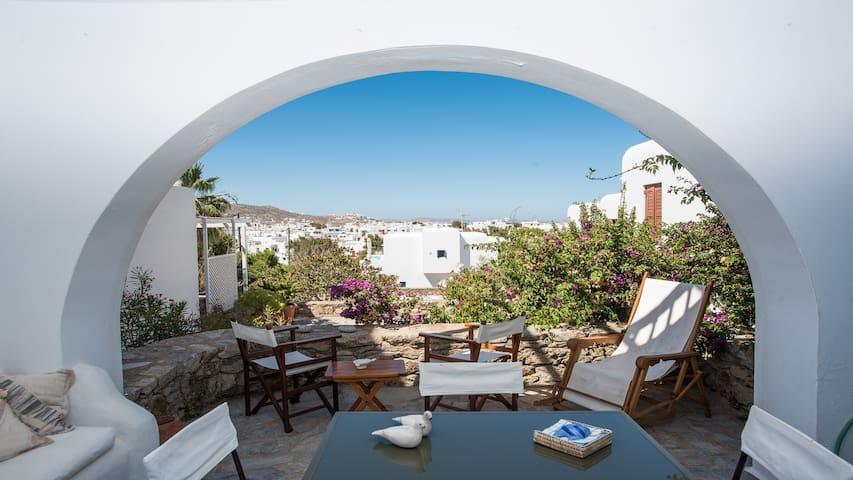 Gaia's Townhouse in Mykonos - Mikonos - House