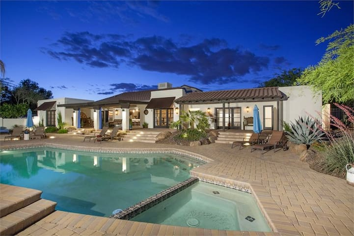 Luxury Villa at the base of Camelback Mountain