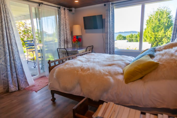 Its a very nice bedroom. Walk out to your own patio and enjoy the views...
