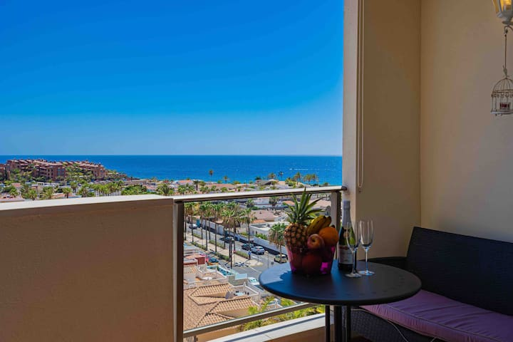 Apartment with amazing ocean view