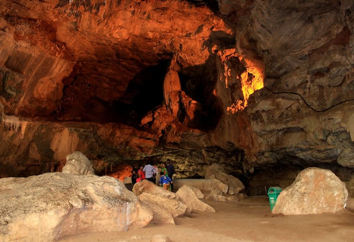 The Nissanka King's Cave