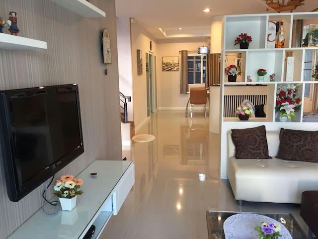 New House w/ big Kitchen Pool & Gym - Hai Ya - House