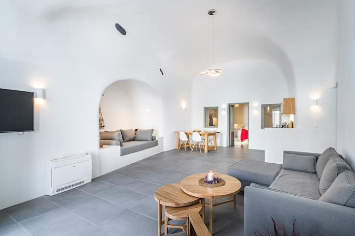Veneston Suites, Kapari