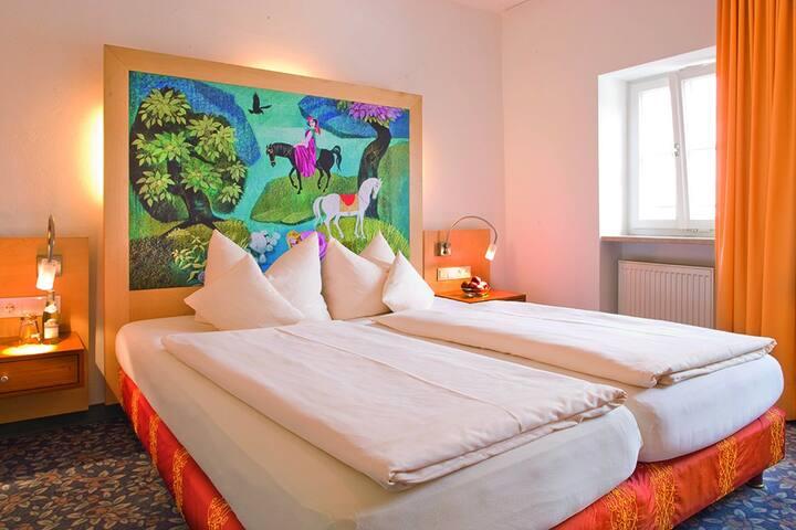Hotel Münchner Hof (Regensburg), Suite