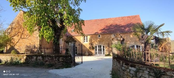 """Les Granges du Barri-haut, gîte """"Quercy"""""""