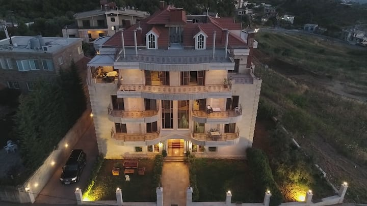 100m2 apt-Cedars Pearl A Pearl under your service.