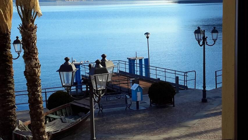 Borgo lago - Iseo lake