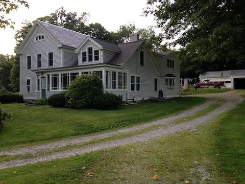 Vermont Farmhouse close to MassMoCA