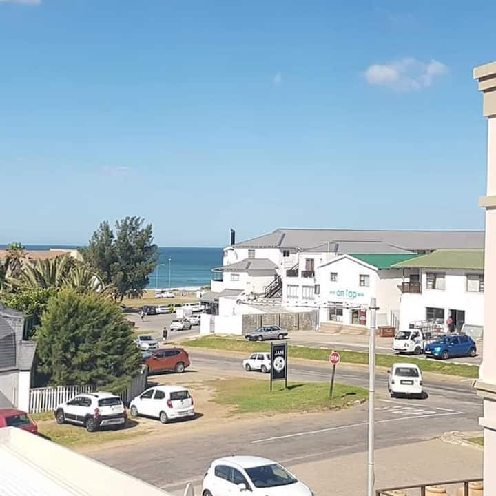Jeffreys Bay Home with a View