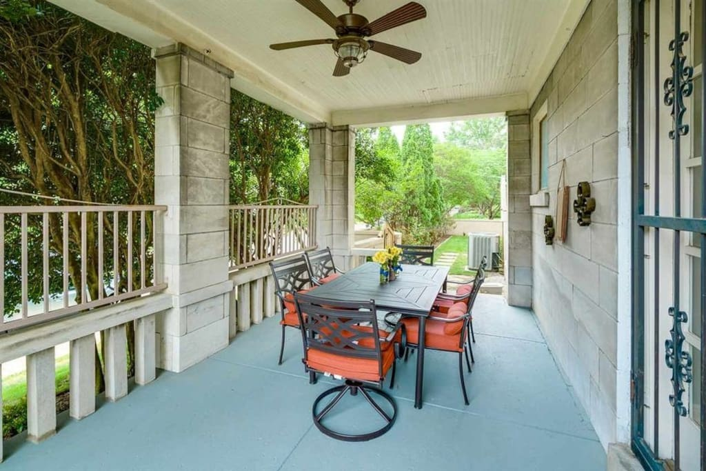 Side Porch - available for your use.
