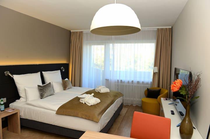 Schwabing - Apartment M+ - Hohenzollernplatz