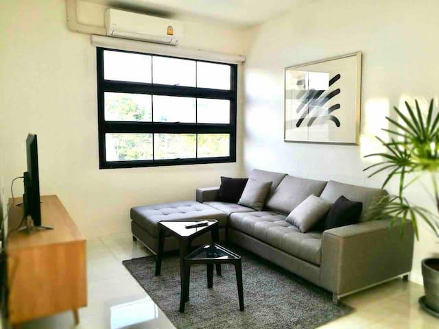 Main living room for grand bedroom.