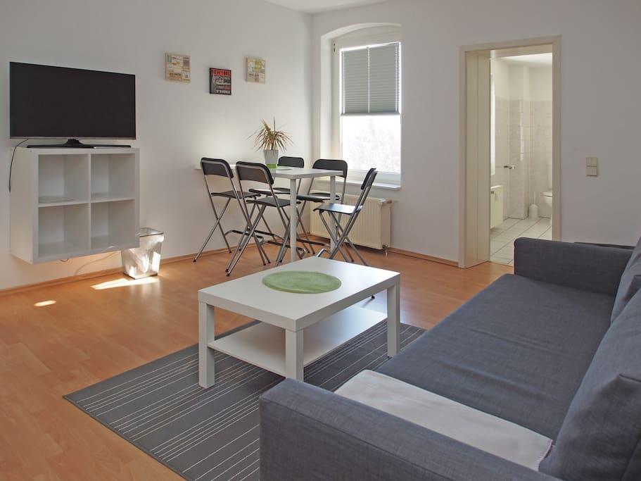 1*Wohnzimmer / Livingroom