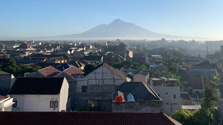 Comfortable apartment  with views of Mount Merapi