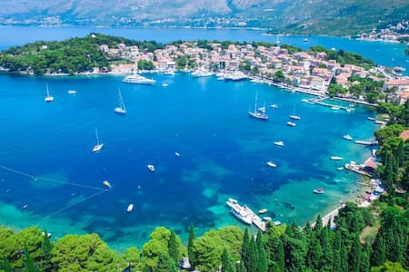 """Vista Point"" romantic apartment 2,  Cavtat"