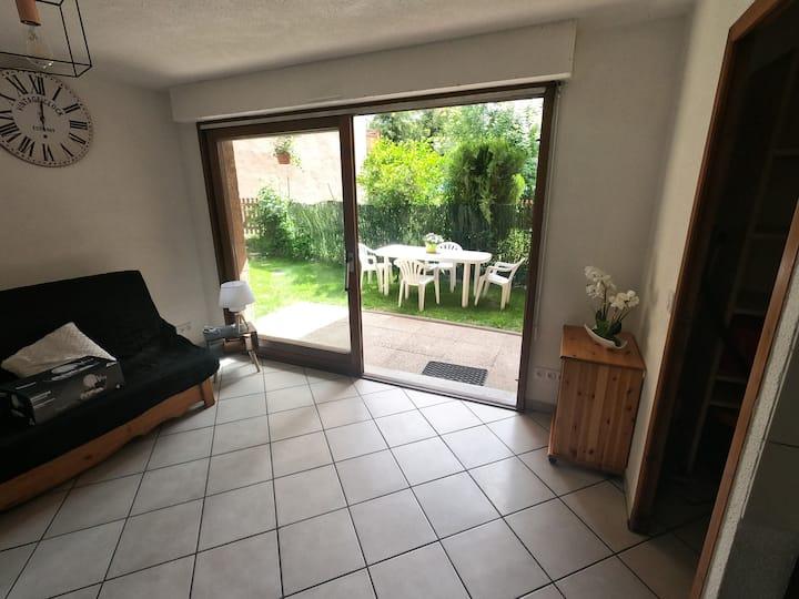 Briançon, Appartement avec terrasse et Jardin.