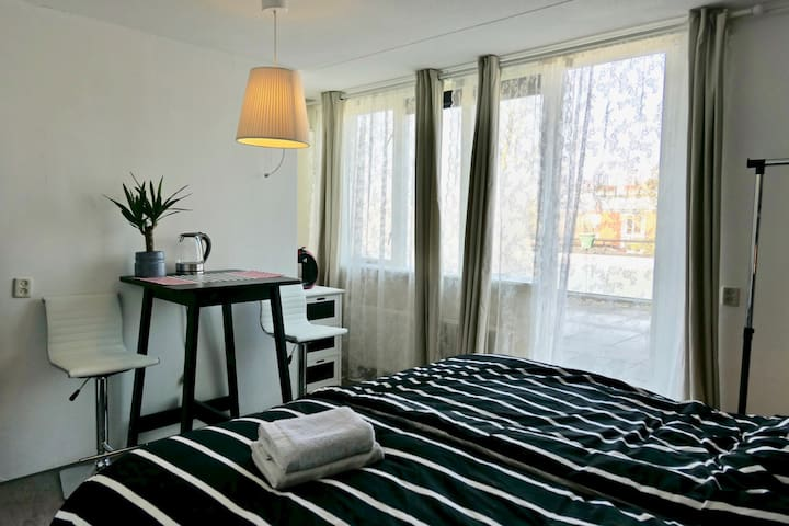 Private Room & Bathroom + Balcony near Amsterdam