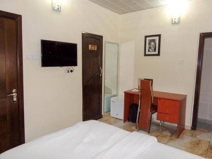 Benestar Suites - Deluxe Room