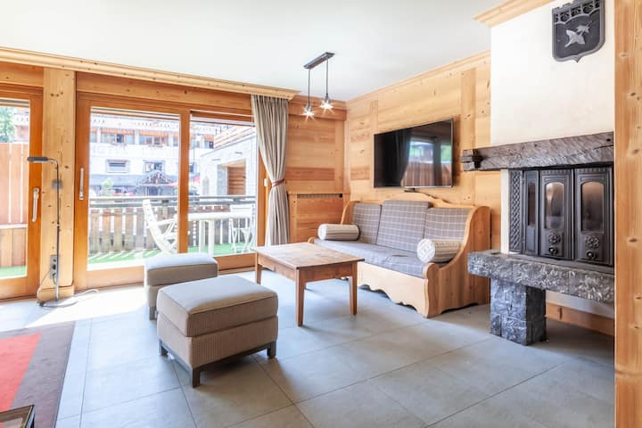 Chalet ideally situated at the foot of Morzine ski slopes