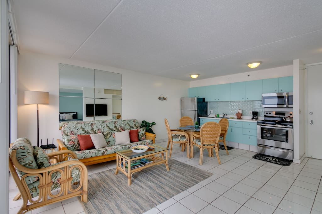 1 Bedroom 1 Bathroom 1 FREE PARKING unit in E. Waikiki. The unit can accommodate up to 6 guests. 1 Queen Bed & 1 Full Bed in the Bedroom and 1 Full Sofa Bed in the living room. 533 living sqft. & 67 sqft. Lanai(Balcony) over looks partial Ocean View & City View from 26th Floor.