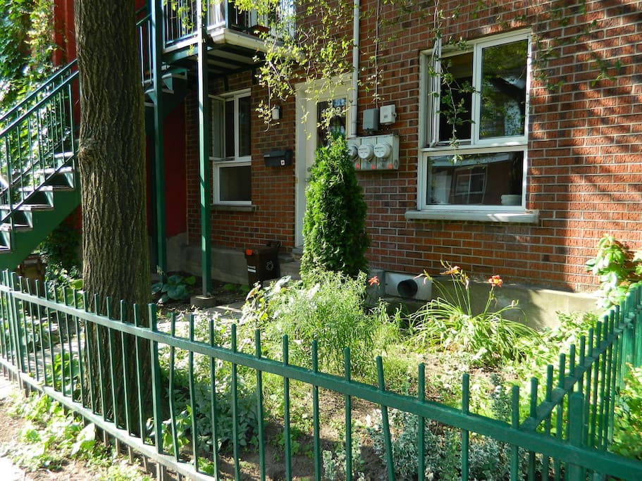 Appartement très bien positionné, près du parc Lafontaine, du Village, du Quartier latin et du Quartier des Spectacles