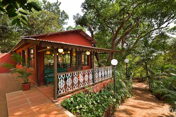 Radha Cottage Heritage Resort, Matheran