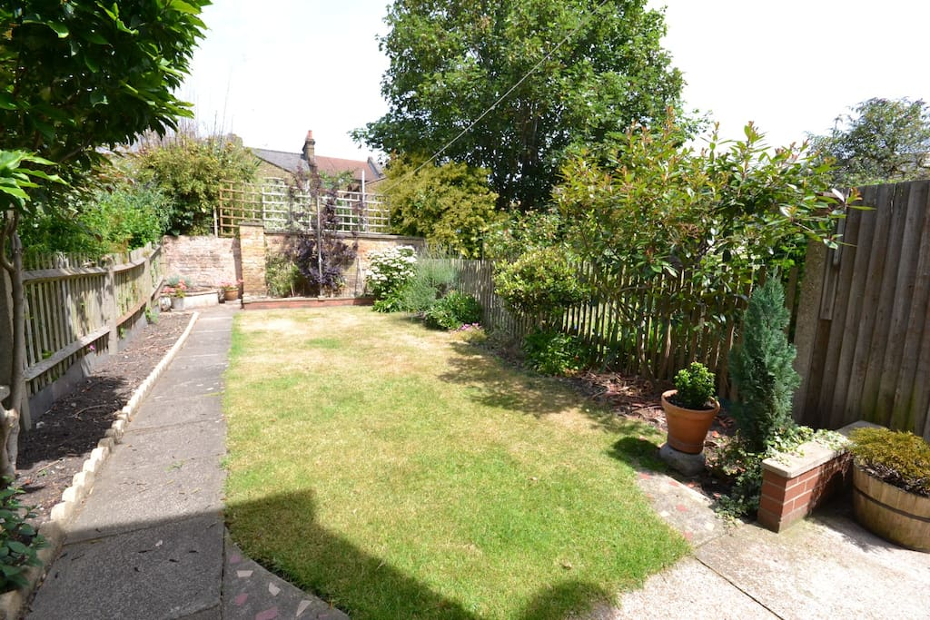 Big spacious Garden, currently looking greener. Chairs and BBQ four use. Washing line also