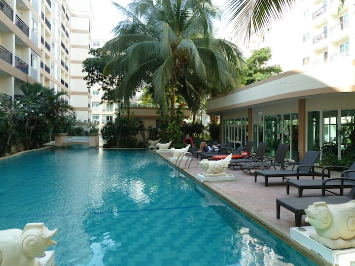 1 Bedroom condo in Park Lane resort
