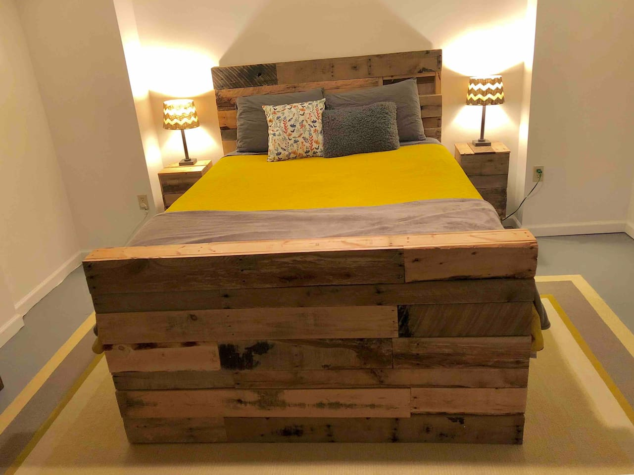 Handcrafted pallet furniture featured throughout the suite