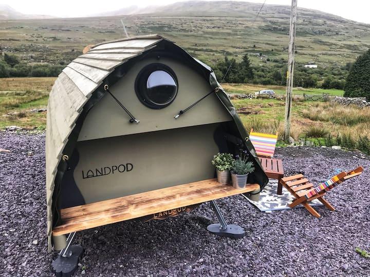 Snowdonia cwt cwtch cosy cocoon (Tryfan) + hot tub