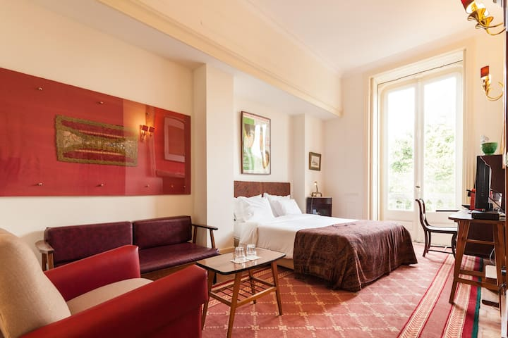 Double Room w/ city view - The Independente Suites - Lisboa - Bed & Breakfast