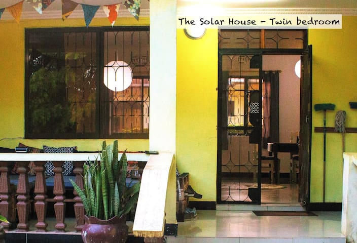 The Solar House - Twin Room - Mwanza - Hus
