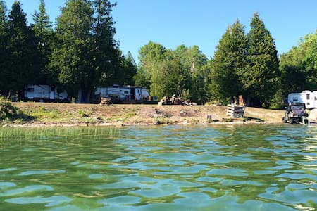 Fabulous Island getaway for families, large groups - Camper/RV