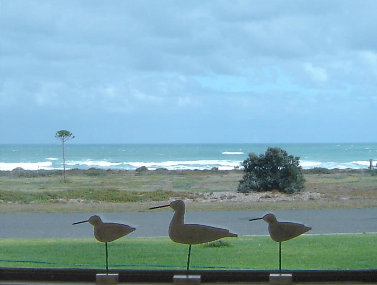 Great ocean views from the front lounge room window