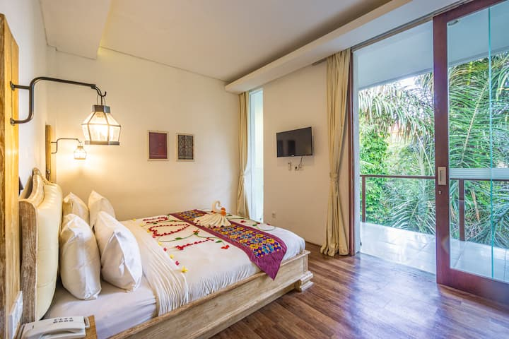 1BR Studio Room Serene Forest View in Central Ubud