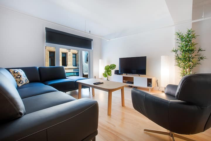 Spacious & luxurious apartment in vibrant St-Roch
