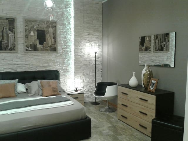 Sant'Anna - room rent - - Lucca - Appartement