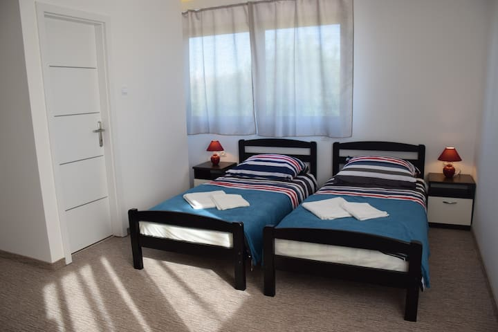 New and Perfectly Located Room - Free Parking - Velika Gorica - Wohnung