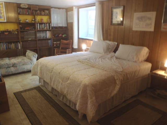 King bed configuration