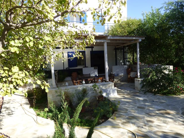 Villa Eleonas in hidden Crete - Sivas