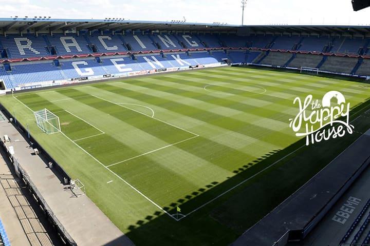 Stadion Cristal Arena/Racing Genk - Genk - Autocaravana