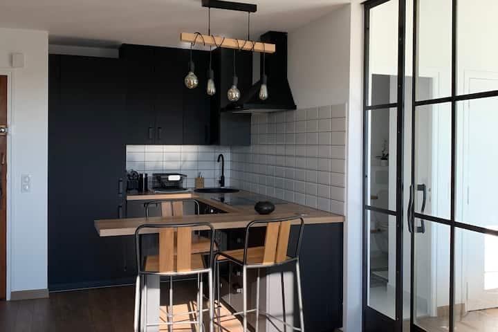 """Un appartement """"cosy"""" sur la Cote d'Azur !"""