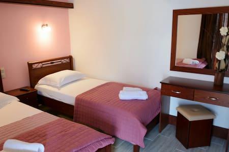 "Room to let ""Villa Aleka""."