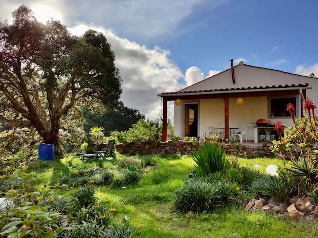 Casa Atalaia - Peaceful off-grid paradise