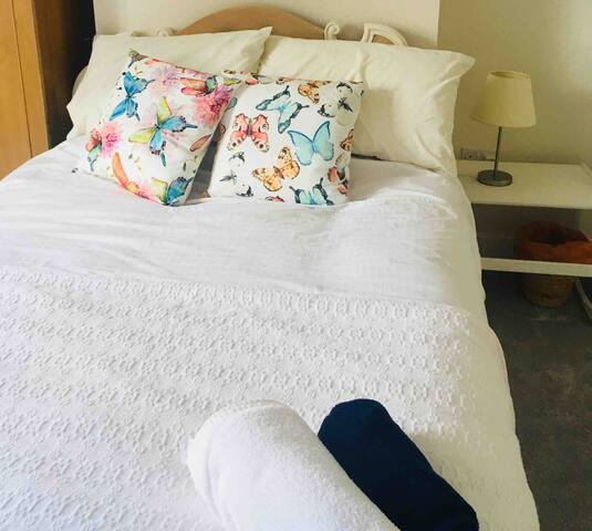 Central Darlington Double in comfy relaxed home
