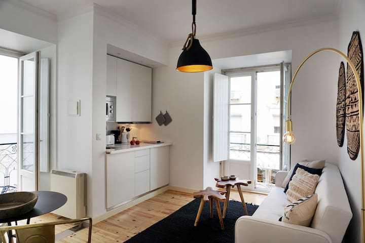 Lisbon Downtown Lovers : Anjos Apartment  2