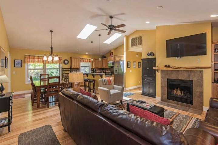 River Farewell - Sweet Single-Story Home Has Awesome Bend Location Near River & Old Mill