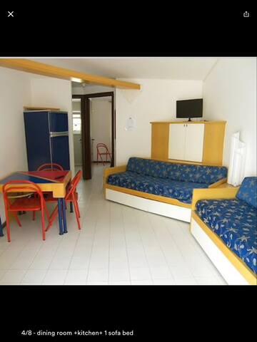 Top 20 affitti per le vacanze case vacanze e affitti for Case kit 4 camere da letto