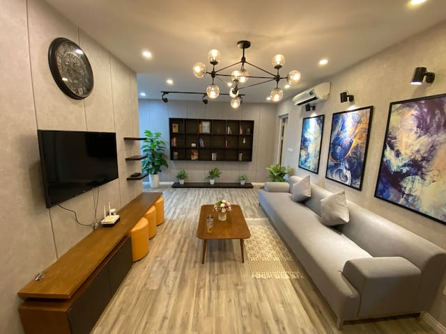 Full House Apartment 1 with seaview in Ha Long