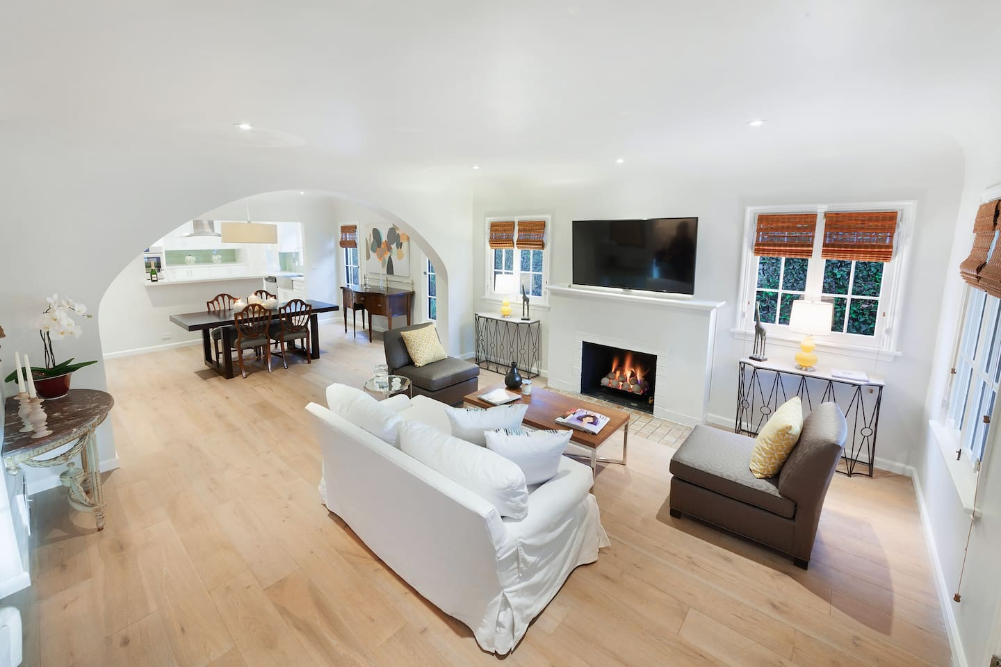 Lucky 8 Two bed Duplex in West Hollywood - Townhouses for Rent in ...